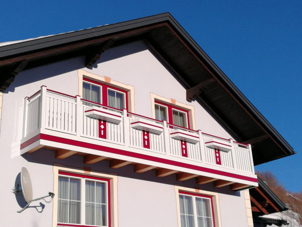 Aluminium Balkone in der Modellgruppe Kompakt in der Modellgruppe Kompakt mit der Nr 1530