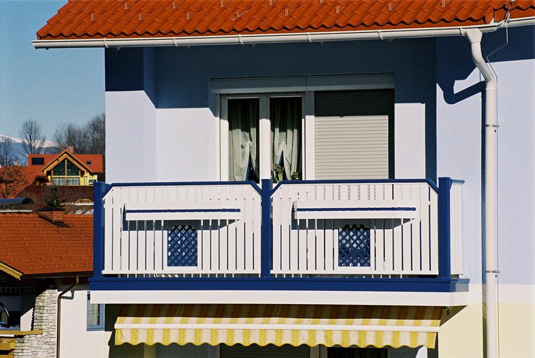 Aluminium Balkone in der Modellgruppe Kompakt in der Modellgruppe Kompakt mit der Nr 972