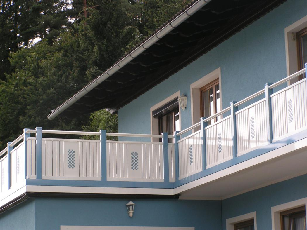 Aluminium Balkone in der Modellgruppe Kompakt in der Modellgruppe Kompakt mit der Nr 1254