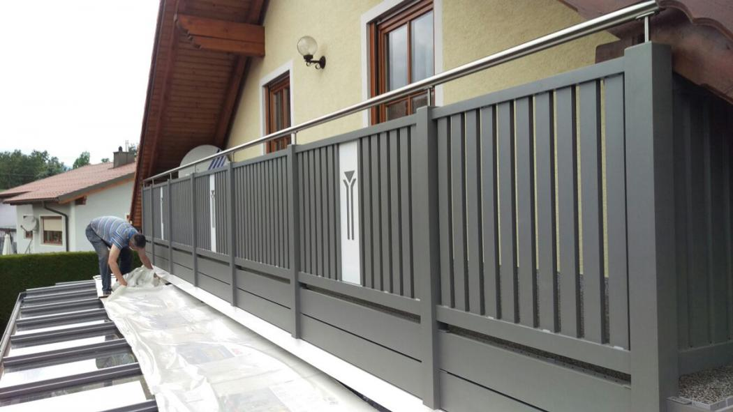 Aluminium Balkone in der Modellgruppe Kompakt in der Modellgruppe Kompakt mit der Nr 1472
