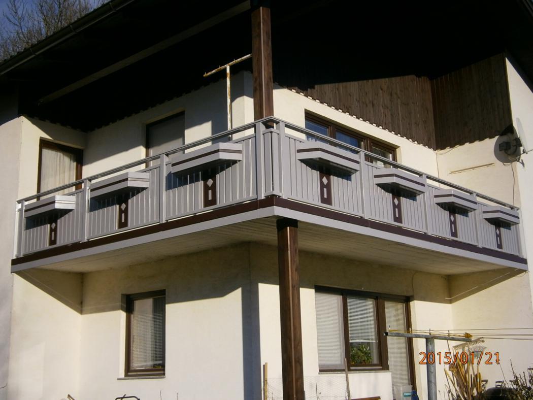 Aluminium Balkone in der Modellgruppe Kompakt in der Modellgruppe Kompakt mit der Nr 1262