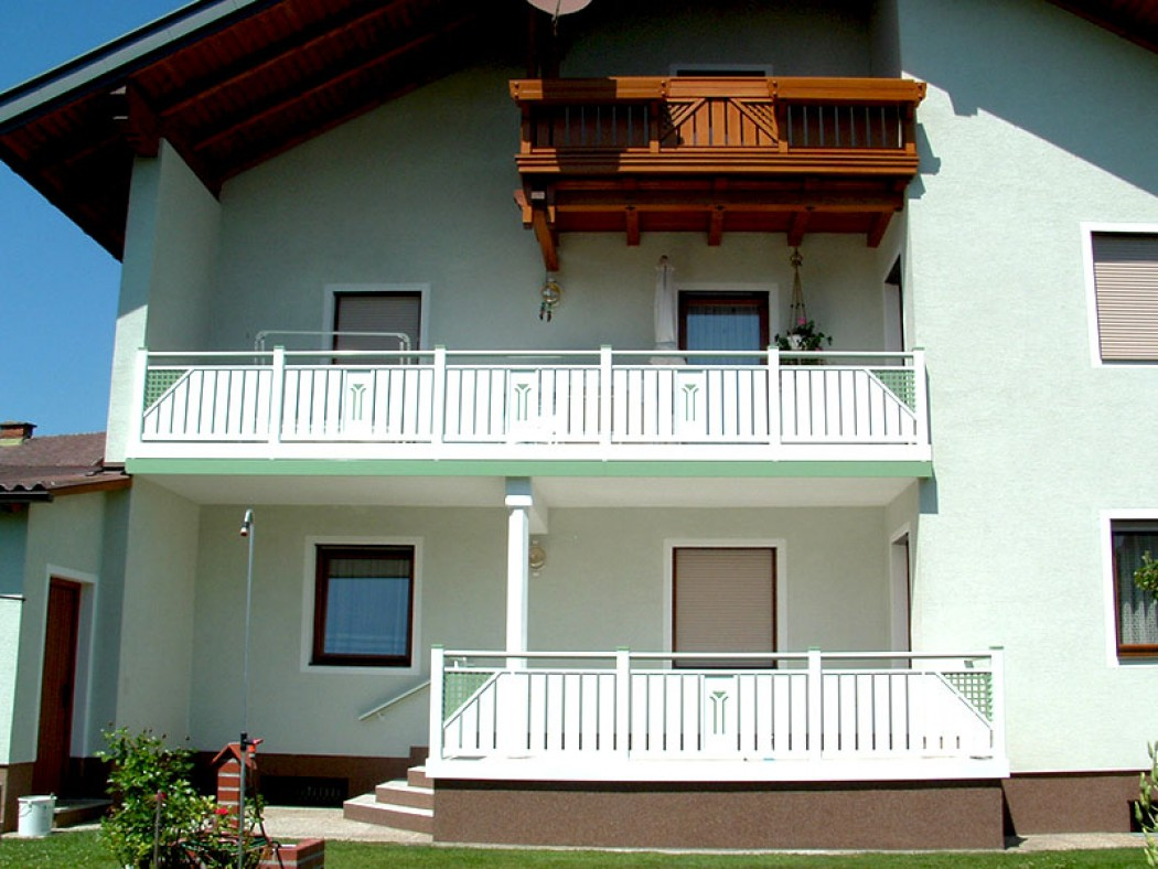 Aluminium Balkone in der Modellgruppe Kompakt in der Modellgruppe Kompakt mit der Nr 489