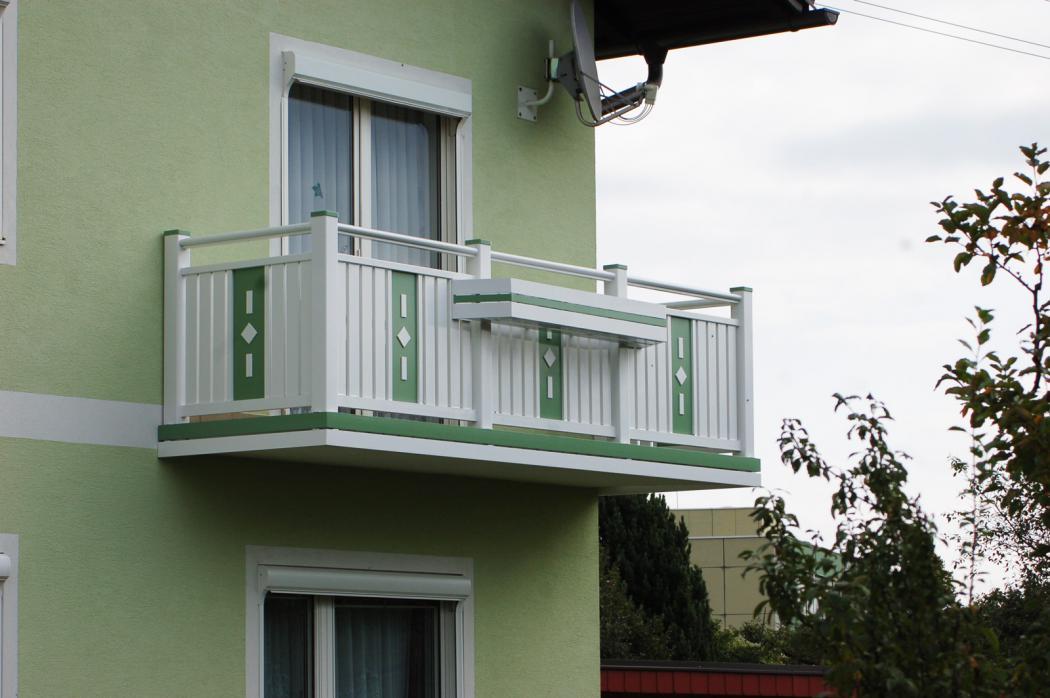 Aluminium Balkone in der Modellgruppe Kompakt in der Modellgruppe Kompakt mit der Nr 1263