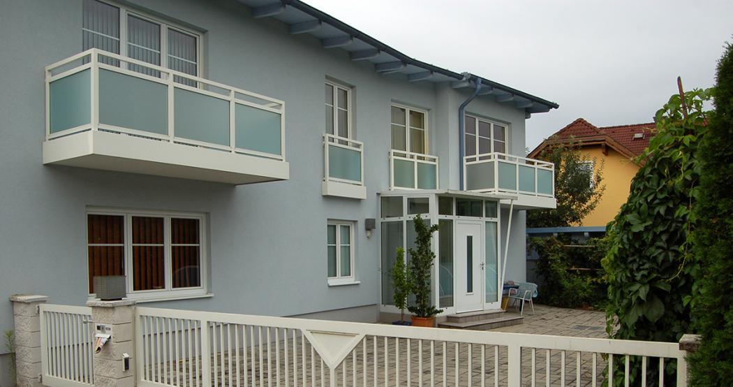 Aluminium Balkone in der Modellgruppe Design in der Modellgruppe Design mit der Nr 1030