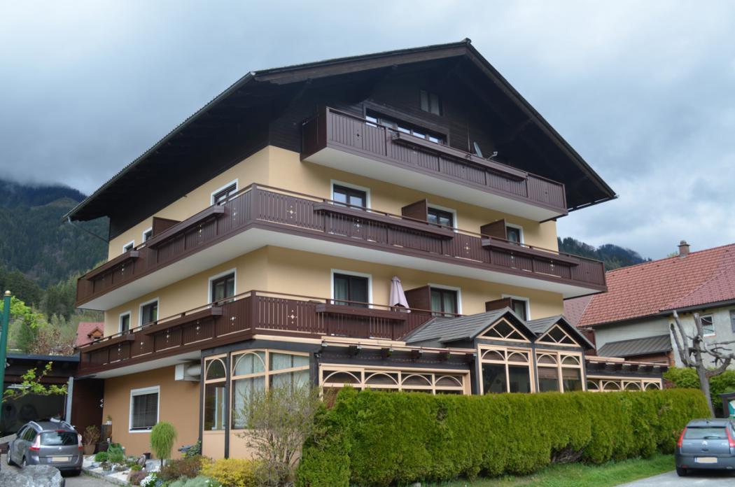 Aluminium Balkone in der Modellgruppe Kompakt in der Modellgruppe Kompakt mit der Nr 1473