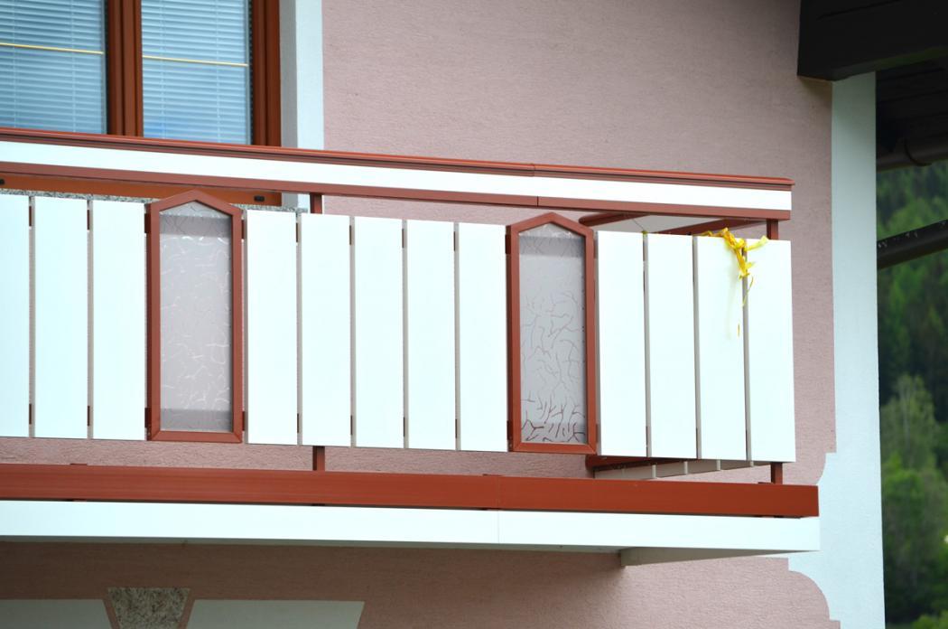 Aluminium Balkone in der Modellgruppe Design in der Modellgruppe Design mit der Nr 1469
