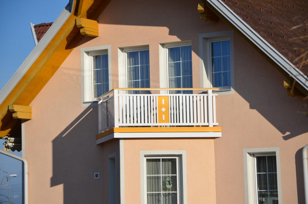 Aluminium Balkone in der Modellgruppe Kompakt in der Modellgruppe Kompakt mit der Nr 1528