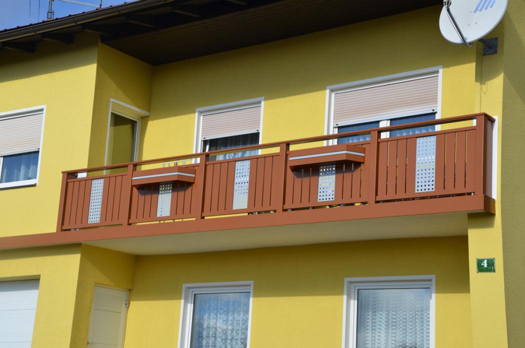 Aluminium Balkone in der Modellgruppe Kompakt in der Modellgruppe Kompakt mit der Nr 1389