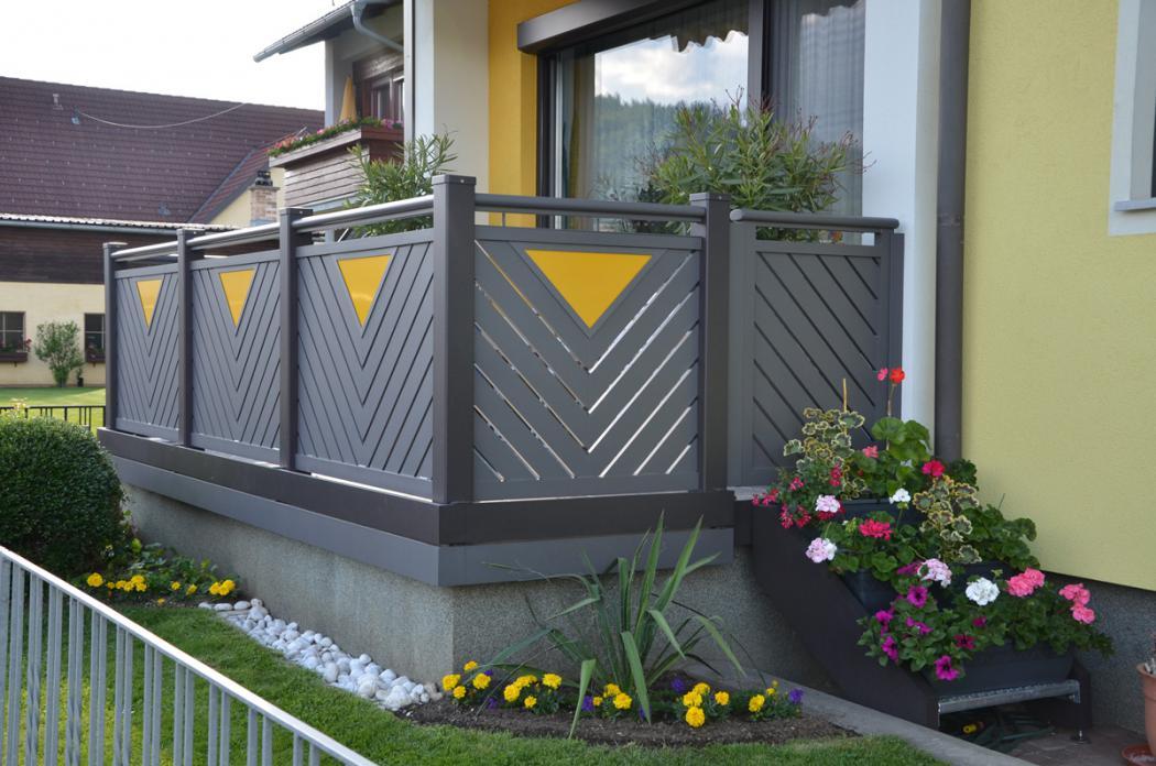 Aluminium Balkone in der Modellgruppe Kompakt in der Modellgruppe Kompakt mit der Nr 1541