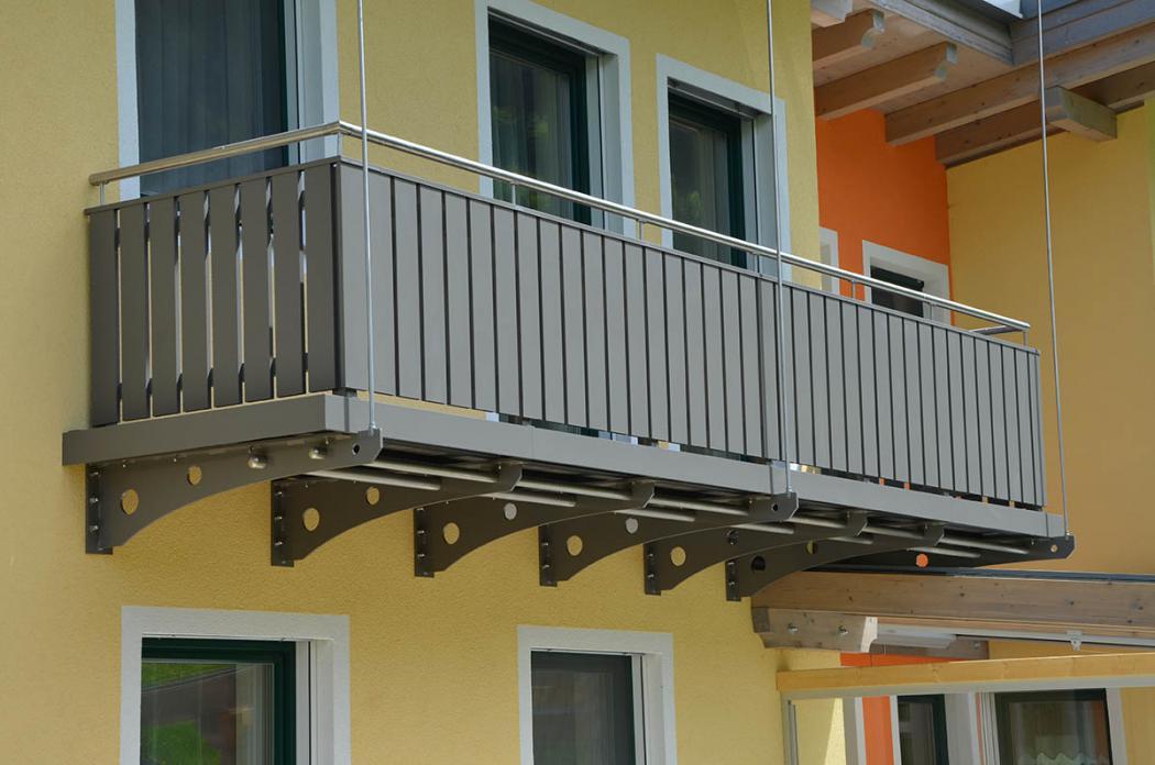Aluminium Balkone in der Modellgruppe Kompakt in der Modellgruppe Kompakt mit der Nr 855