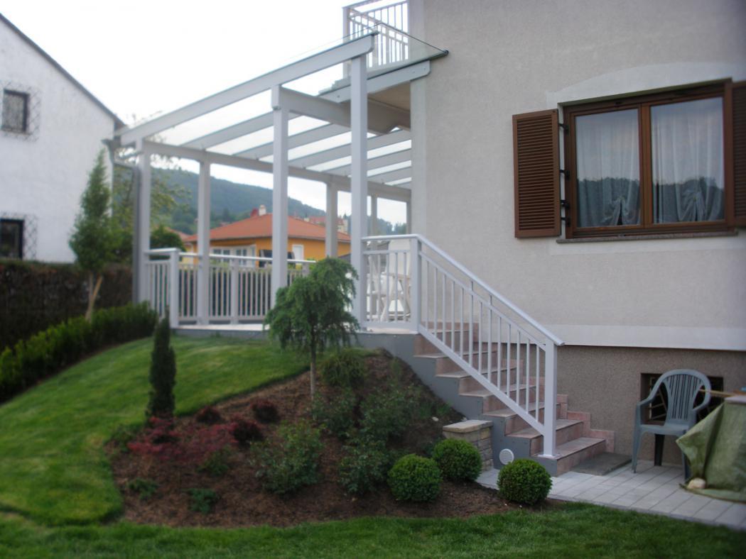 Aluminium Balkone in der Modellgruppe Kompakt in der Modellgruppe Kompakt mit der Nr 1522