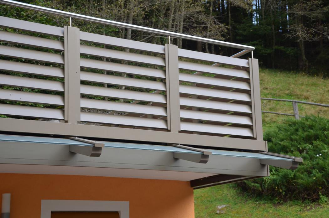 Aluminium Balkone in der Modellgruppe Design in der Modellgruppe Design mit der Nr 1378
