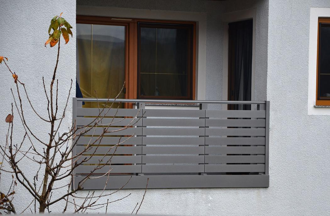 Aluminium Balkone in der Modellgruppe Design in der Modellgruppe Design mit der Nr 949