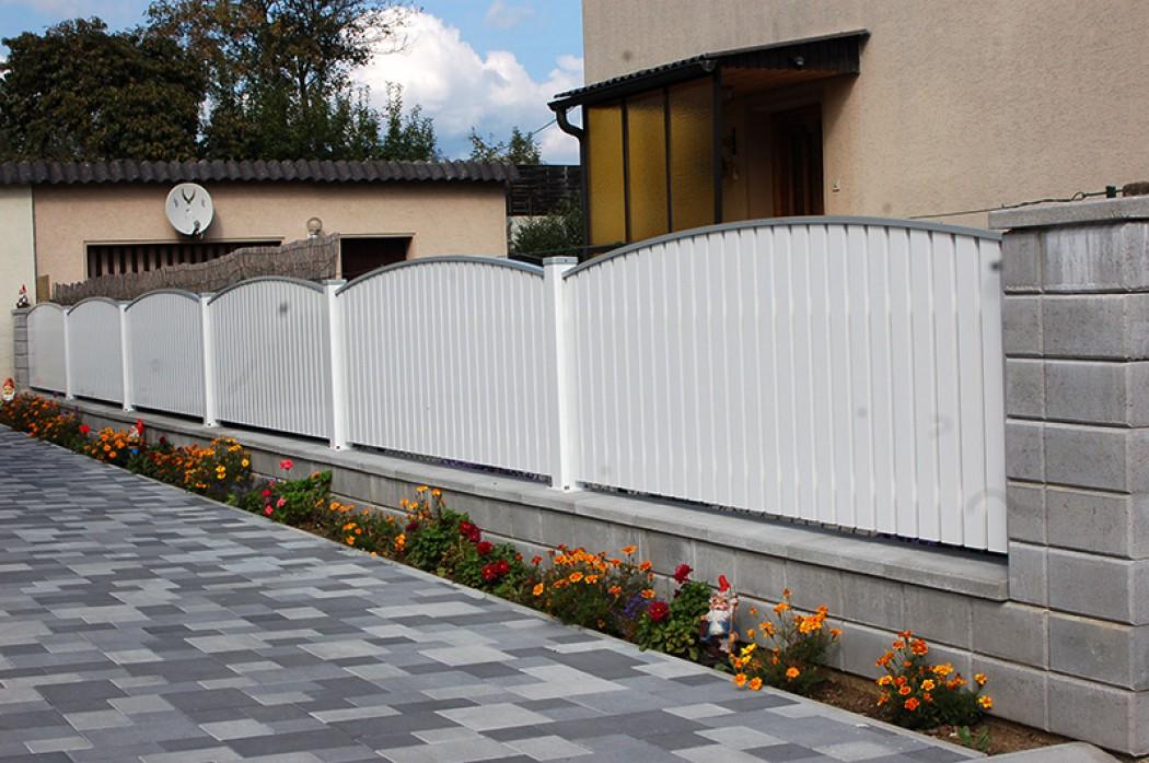 Aluminium Zäune in der Modellgruppe Elegant in der Modellgruppe Elegant mit der Nr 672