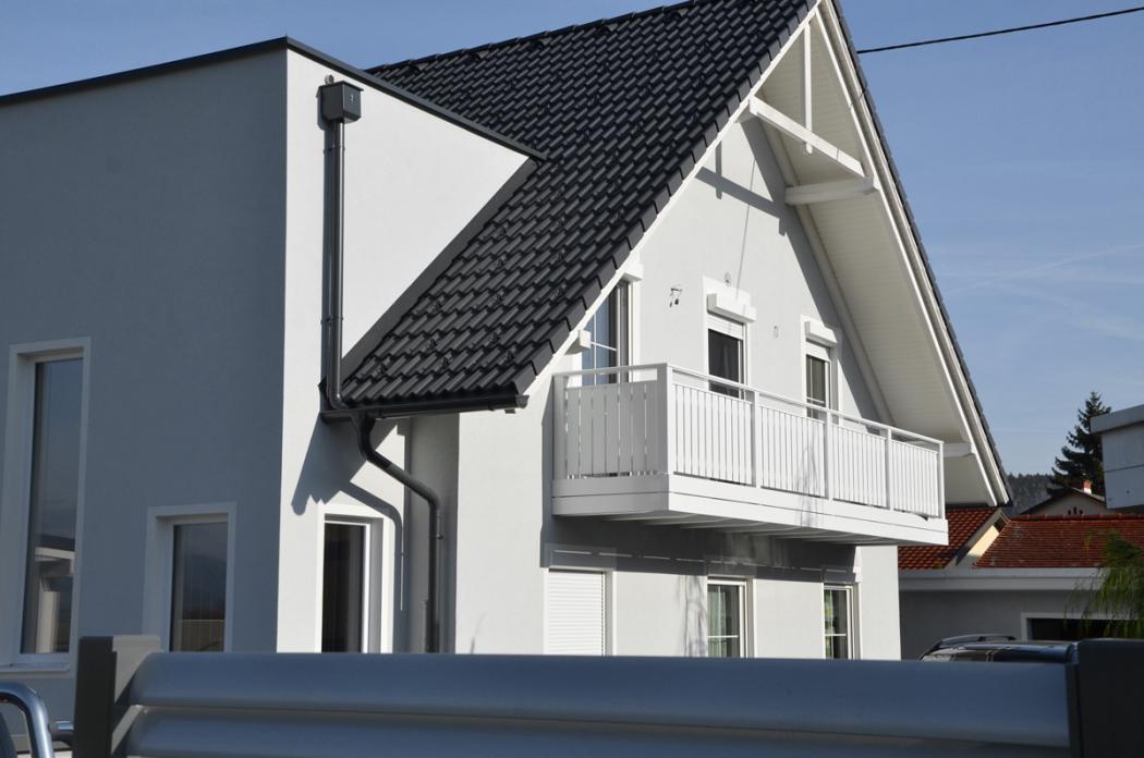 Aluminium Balkone in der Modellgruppe Kompakt in der Modellgruppe Kompakt mit der Nr 1386