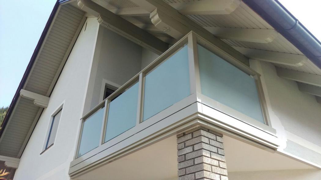 Aluminium Balkone in der Modellgruppe Design in der Modellgruppe Design mit der Nr 1376