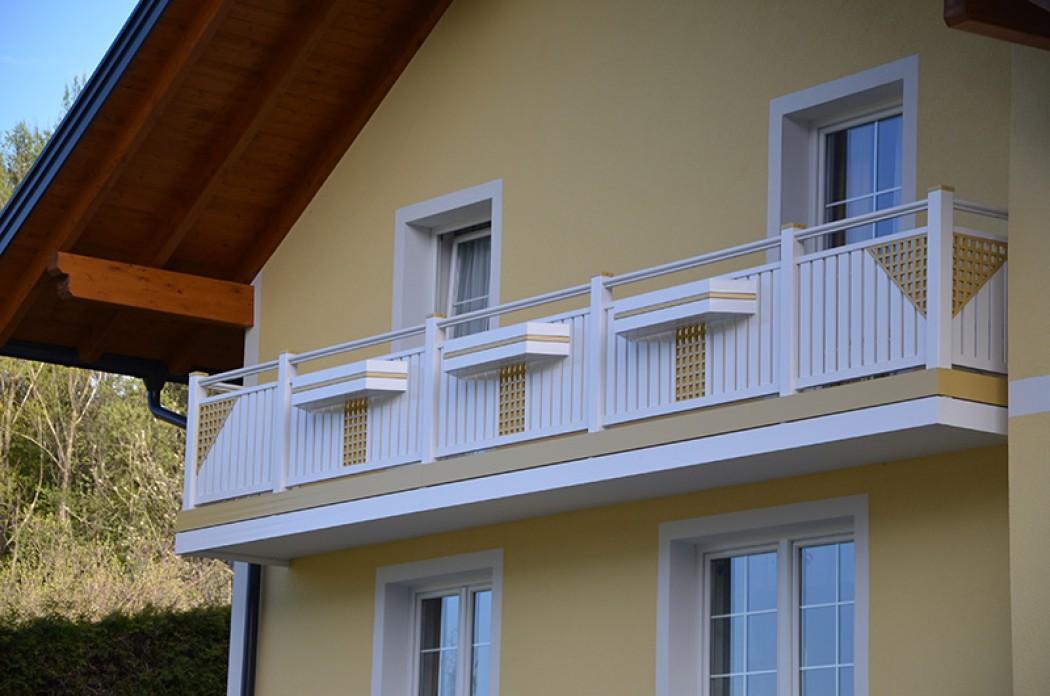 Aluminium Balkone in der Modellgruppe Kompakt in der Modellgruppe Kompakt mit der Nr 557