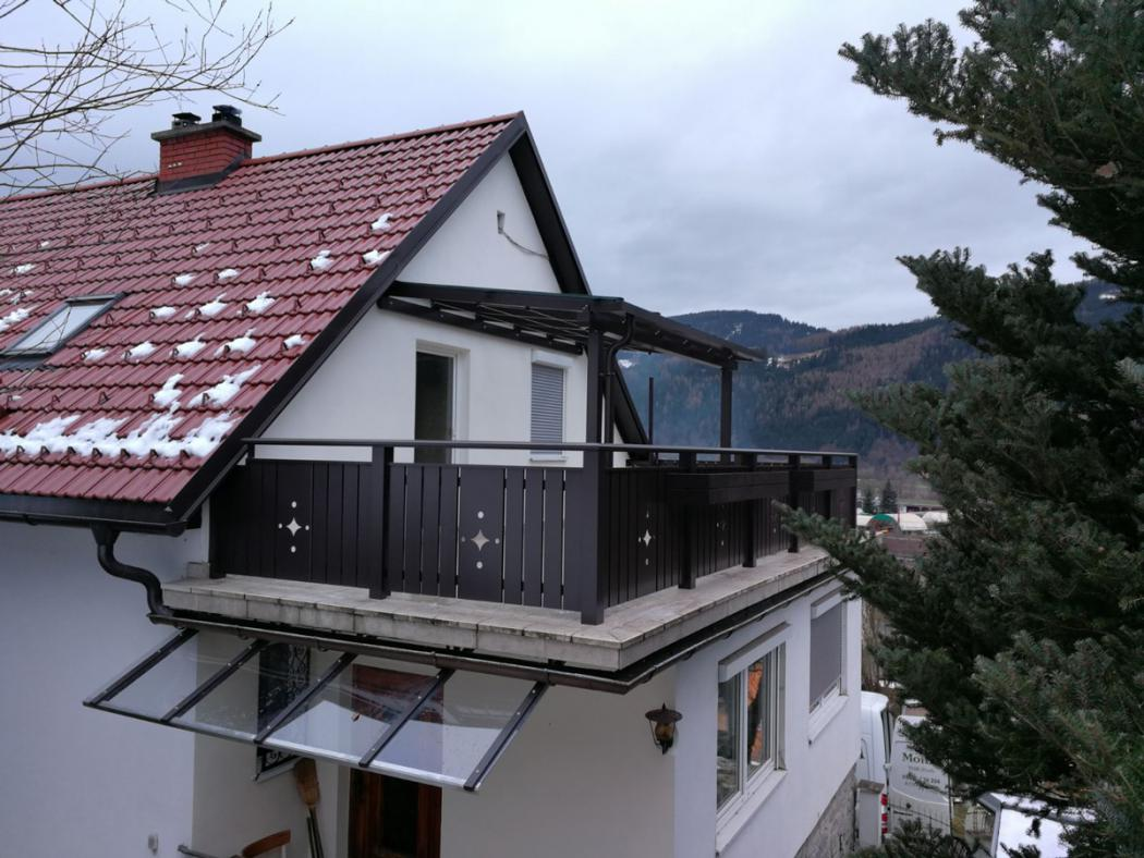 Aluminium Balkone in der Modellgruppe Kompakt in der Modellgruppe Kompakt mit der Nr 1537