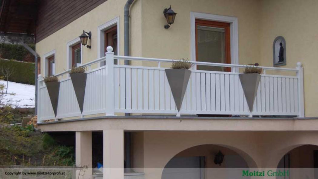 Aluminium Balkone in der Modellgruppe Kompakt in der Modellgruppe Kompakt mit der Nr 428